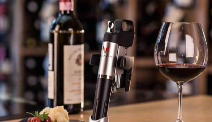 Как пить вино, не вынимая пробки? Система Coravin