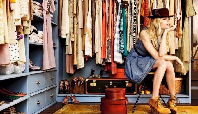 ТОП-10 вещей, которые должны быть в гардеробе каждой модницы