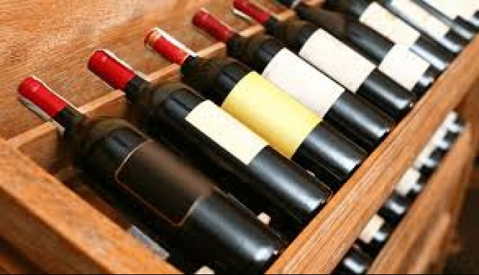 Как хранить вино и как выбрать винный шкаф