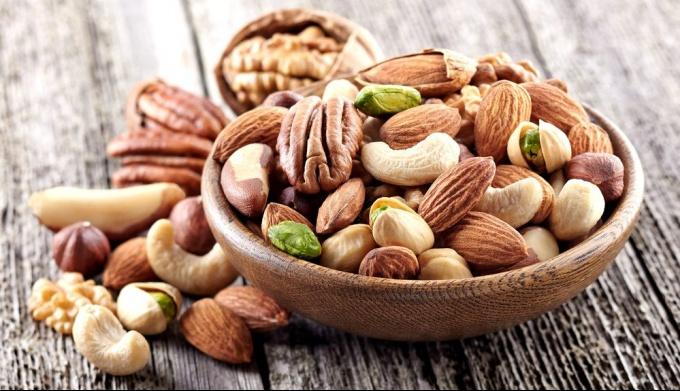 Орехи в питании человека