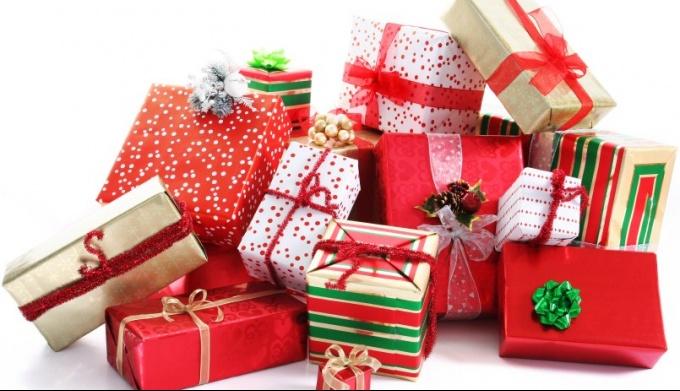 Какие подарки дарят на новый год в разных странах